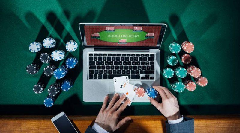 Advantages of Online Poker Sites